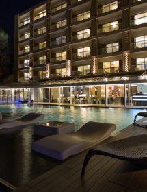 001_HOTELS